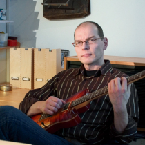 Lauri Paloposki, Riffi